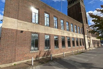 Aladdin Tower, Greenford, Greenford, Offices To Let - Aladin Tower.jpg