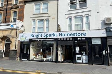 842 - 844 High Road, Leyton, Retail To Let - 2.jpg