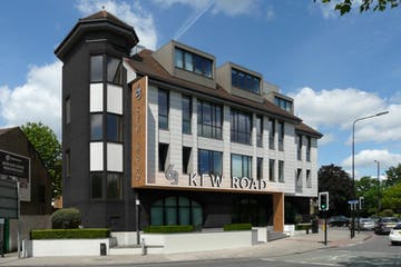 63 Kew Road, Richmond, Offices To Let - Exterior photo  63 Kew Road.jpg
