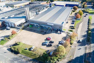 Unit 10 Woodside Industrial Estate, Humphreys Way, Dunstable, Industrial To Let - Lantec Aerial2.jpg - More details and enquiries about this property