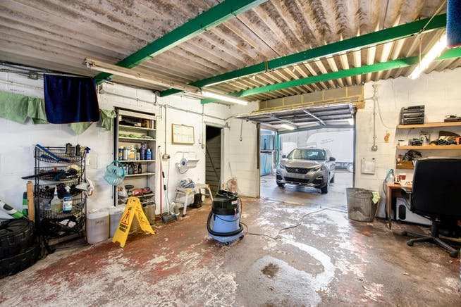 Townsend Garage Thame Road, Haddenham, Industrial For Sale - PREP AREA 2.jpg