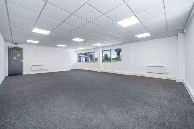 14 Meadow View, Long Crendon, Office / Industrial To Let - F-7.jpg