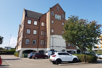 Merchants House, Vanguard Road, Poole, Office To Let - 20180831_114703.jpg