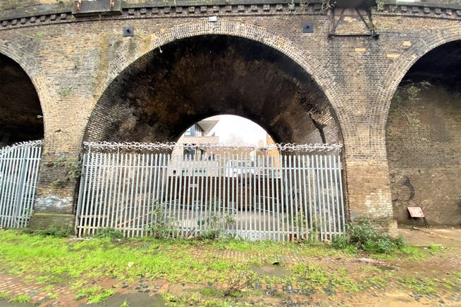 Land And Arches 3-10 Valentia Place, Brixton, Industrial / Land To Let - IMG_5051.jpg