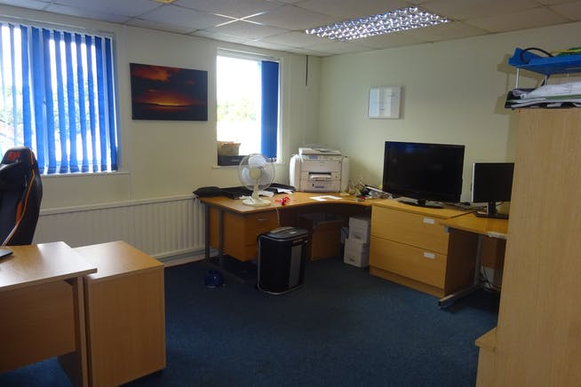 Silverstamp House, Club Mill Road, Sheffield, Warehouse & Industrial / Offices To Let - DSC02838.JPG