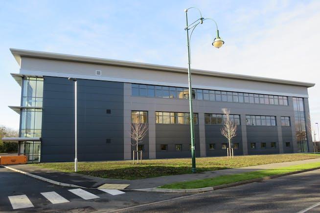 Unit 2 Voyager, Farnborough Aerospace Centre, Farnborough, Industrial To Let - IMG_0152.JPG