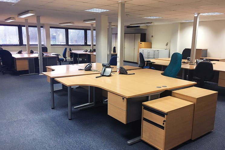 Unit A1, Worton Grange Industrial Estate, Reading, Industrial To Let - Officesupstair1LR.jpg