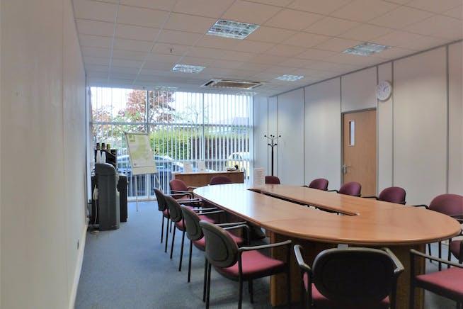 126 Fairlie Road, Slough, Offices To Let - 127862cc0d85844c6831151c2156cec9e05afb83.jpg
