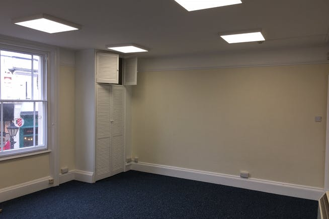 2 High Street Mews, Poole, Office To Let - 04.jpg