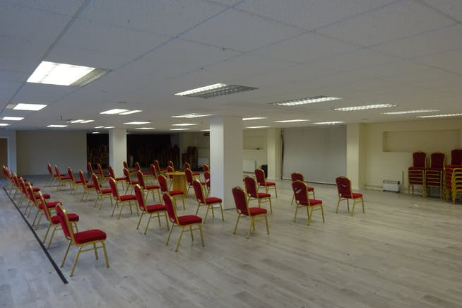 Ground Floor, Rima House, Ripple Road, Barking, Offices / Suis Generis (other) To Let - DSC02450.JPG