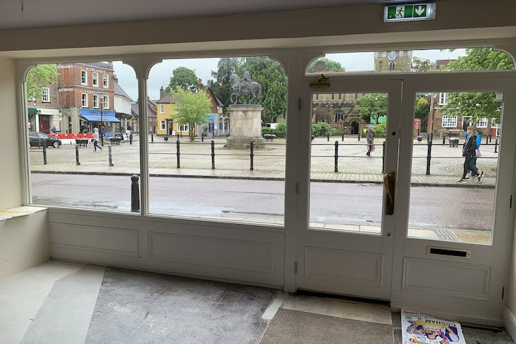 7A The Square, Petersfield, Retail / Restaurant / Takeaway / Restaurant / Takeaway To Let - Photo 18062021 12 21 32.jpg