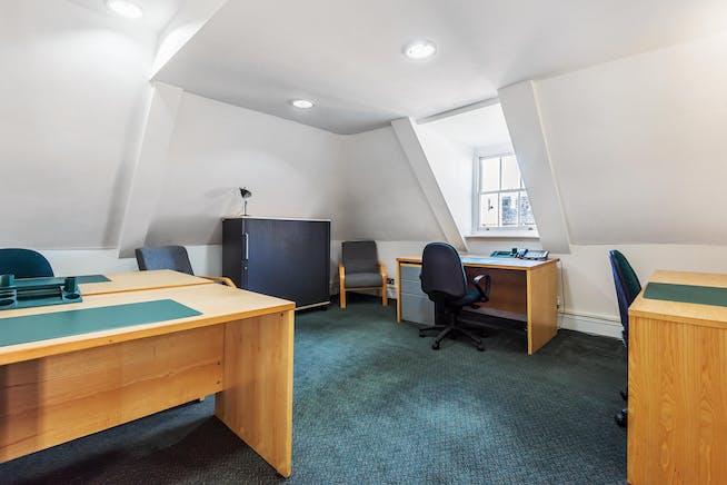 Castle Hill House, Castle Hill, Windsor, Serviced Office To Let - 421591 (8).jpg