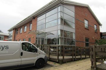 First Floor, 3 Millars Brook, Wokingham, Offices To Let - IMG_1057.JPG