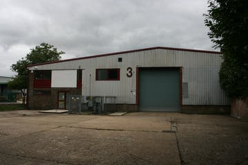 3 Bordon Trading Estate, Oakhanger Road, Bordon, Warehouse & Industrial To Let - IMG_0014.JPG