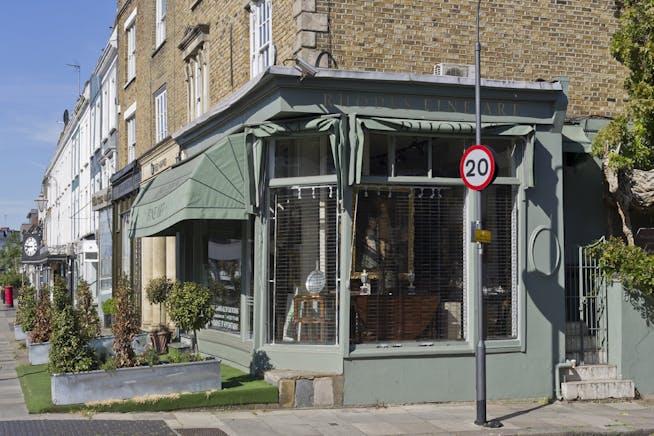 584 Kings Road, Fulham, Retail To Let - 584 kings rd-9387 low.jpg