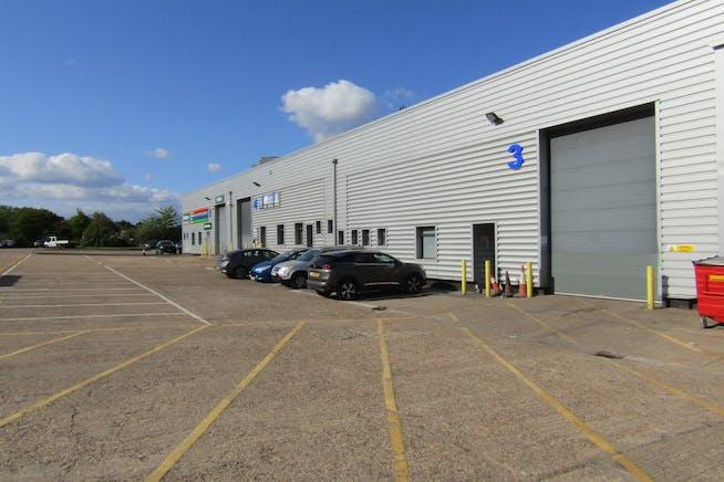 Unit 3, Bilton Industrial Estate, Bracknell, Industrial To Let - IMG_1718.JPG