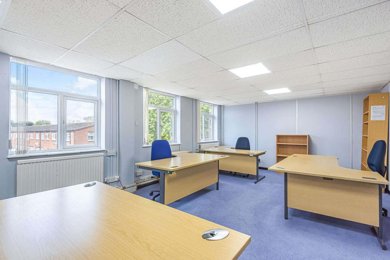 Mountbatten House Business Centre, Fairacres, Windsor, Office / Serviced Office To Let - 612015 (2).jpg