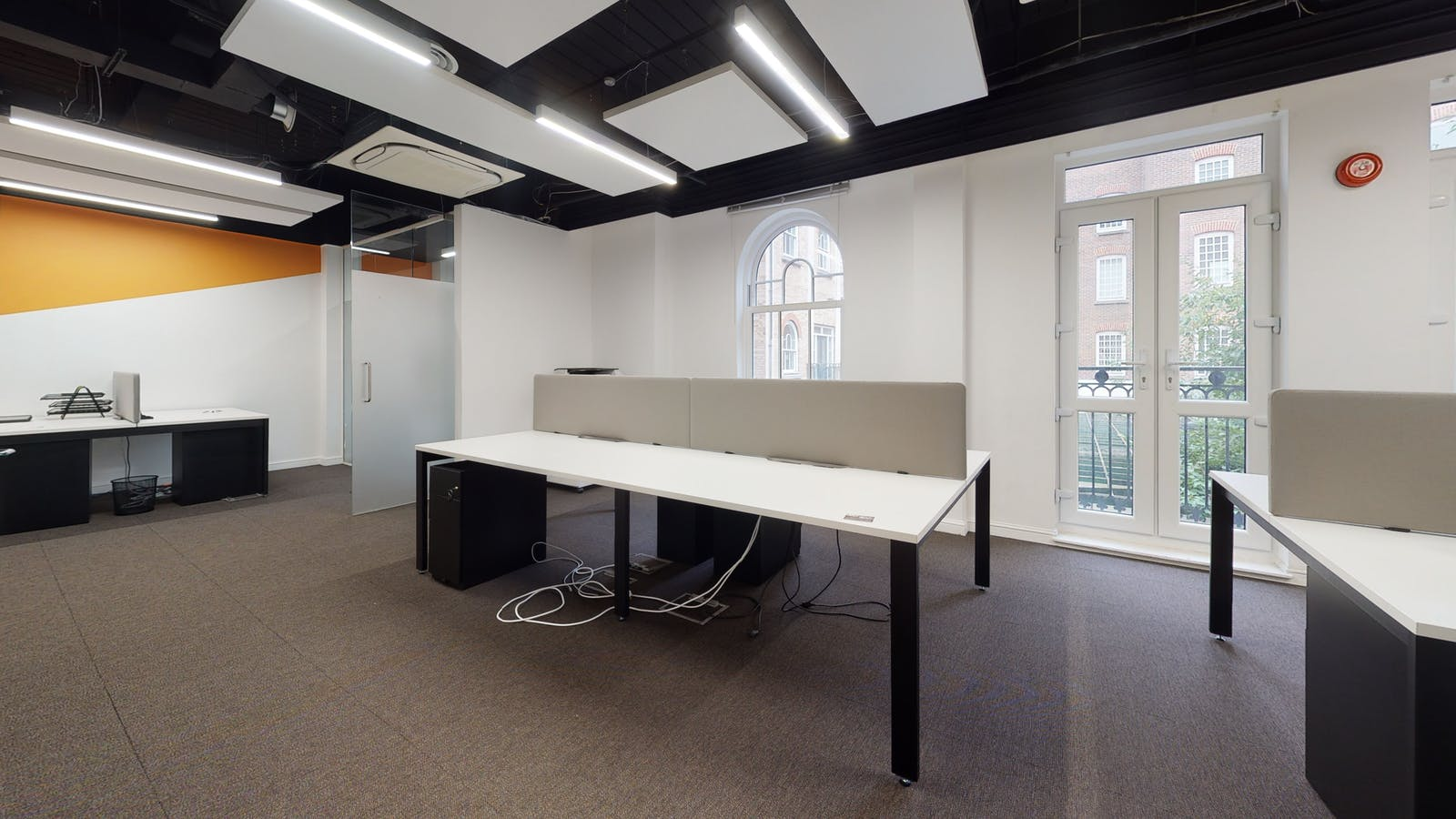 3 Bath Place, 3 Bath Place, London, Office To Let - Space Photo 27.jpg