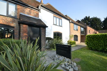 19 & 20 Furzehall Farm, Wickham  Road, Fareham, Office To Let - ThirtyC_12.jpg