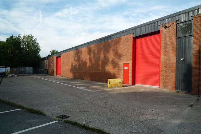 5 Brook Trading Estate, Deadbrook Lane, Aldershot, Warehouse & Industrial To Let - P1090165.JPG
