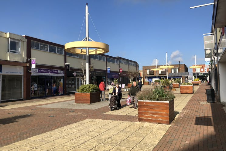 Unit 12, The Boulevard, Waterlooville, Retail To Let - IMG_0427.JPG