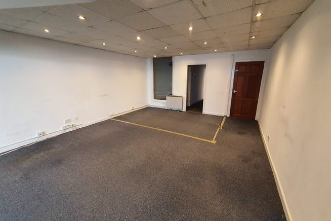 723 Christchurch Road, Bournemouth, Retail & Leisure / Retail & Leisure / Retail & Leisure To Let - 20200110_092713.jpg