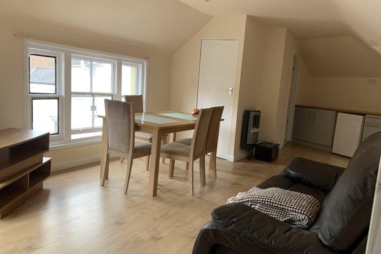 1st & 2nd Floors, 10 Middle Street, Horsham, Office To Let - IMG_2126.jpg