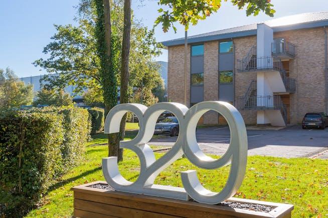 Suite 1.7, 329 Bracknell, Bracknell, Offices To Let - External 3.jpg