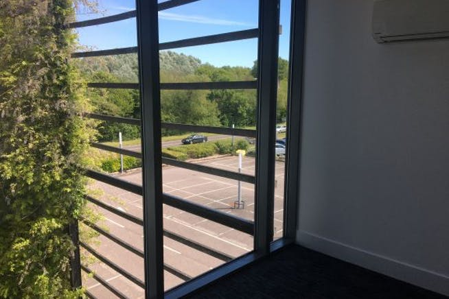 Unit 2, Arclite House, Swindon, Offices To Let - IMG_3088.JPG