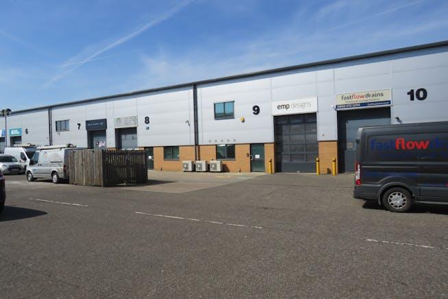 Unit 9 Hercules Way, Farnborough, Warehouse & Industrial To Let - IMG_0815.JPG