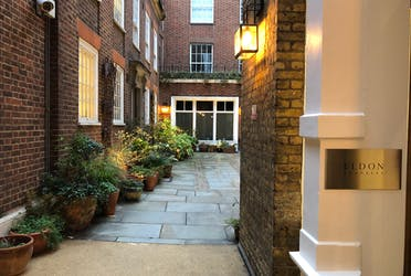 Eldon Chambers, 30-32 Fleet Street, London, Office To Let - Courtyard - More details and enquiries about this property