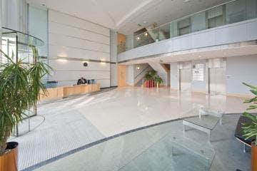 Viables 3, Jays Close, Basingstoke, Office To Let - V3-reception_small1.jpg
