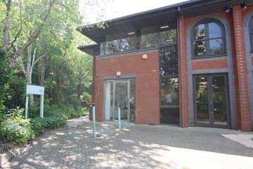 8 Godalming Business Centre, Godalming, Offices To Let - IMG_7857.JPG