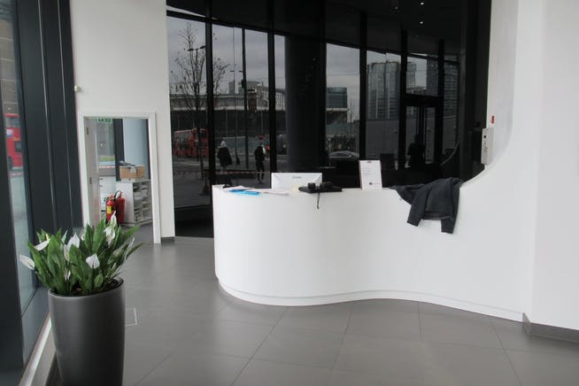 Unit 1, Unex Tower, London, Office / Retail To Let - IMG_1863.JPG
