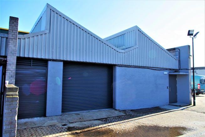 Unit 8 Zennor Trade Park, Balham, Industrial To Let - Zennor.jpg