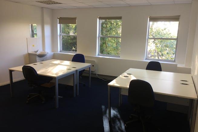 Century House, Hastings, Office To Let - Century House - Office (4 Desk).JPG