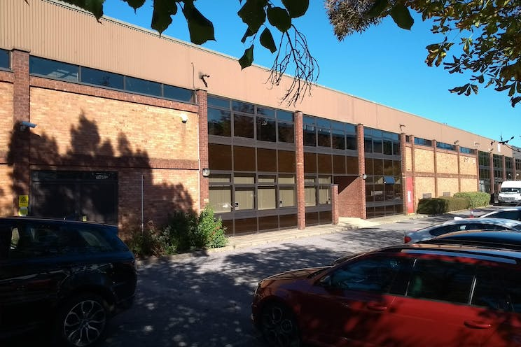 Unit 33, Suttons Business Park, Reading, Industrial To Let - IMG20180927143344.jpg