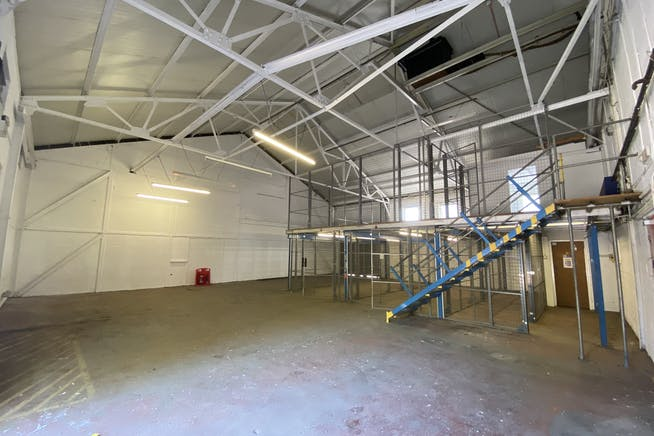 Unit 1 Hutchins Close, Stratford, Office / Industrial To Let - IMG_1356.JPEG