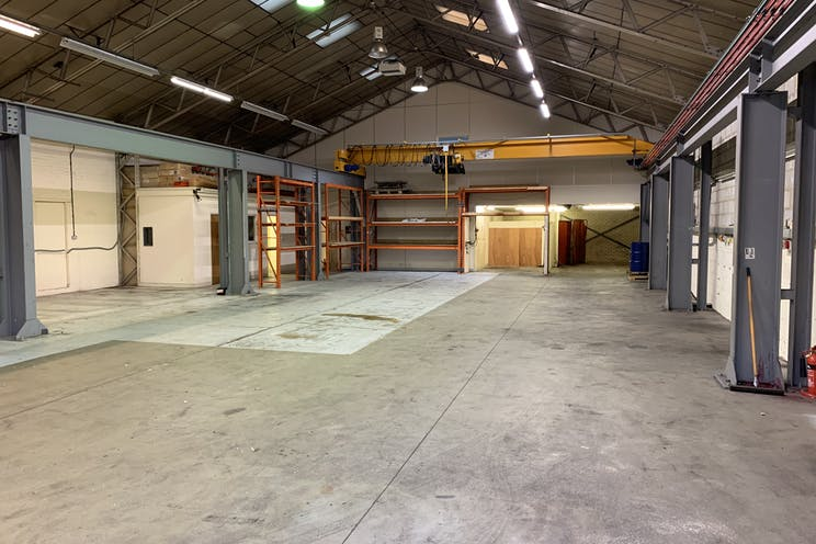 Unit 40d Holmethorpe Avenue, Redhill, Warehouse & Industrial To Let / For Sale - IMG_0189.jpg