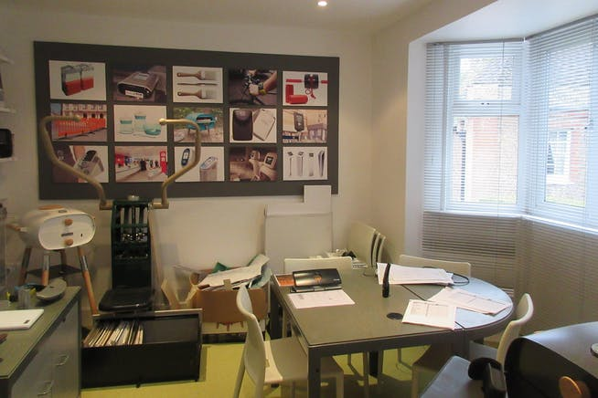 First Floor, Quadrant House, 7-9 Heath Road, Weybridge, Offices To Let - IMG_1505.JPG