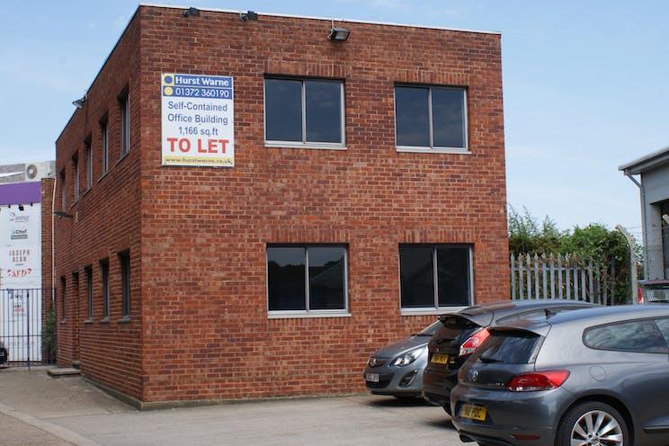 128a Kingston Road, Leatherhead, Offices To Let - DSC04833.JPG