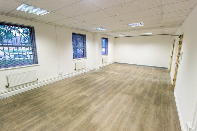 Grosvenor House, Agecroft Enterprise Park, Swinton, Office To Let - Grosvenor House - 9.jpg