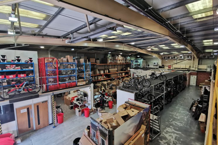 Unit 29 Barwell Business Park, Leatherhead Road, Chessington, Warehouse & Industrial To Let - Warehouse2.jpg