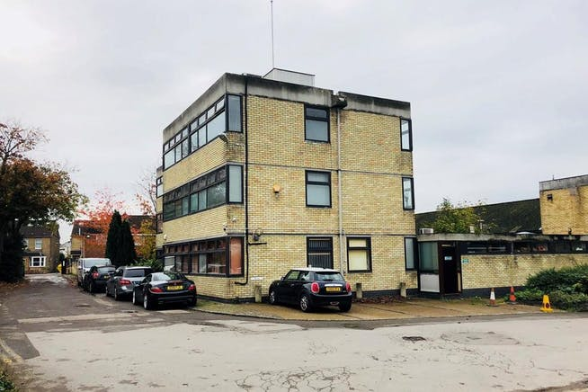 Various Units, St Clare Business Park, Holly Road, Hampton Hill, Offices / Industrial For Sale - img_e0058.jpg