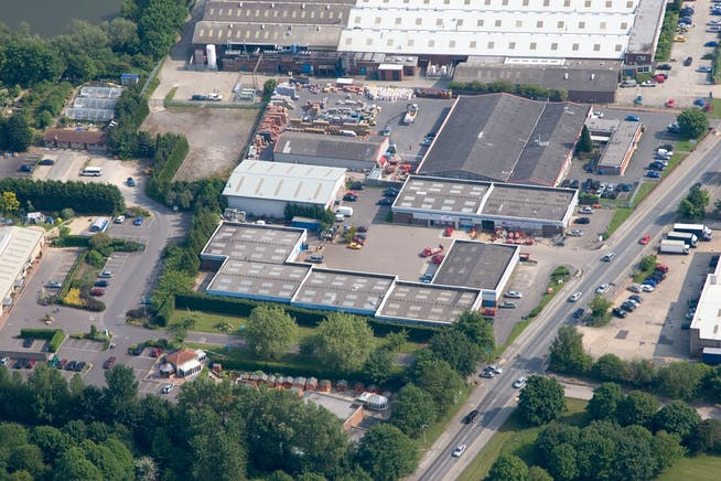 Unit 1 Lynton Road, Cheney Manor Industrial Estate, Swindon, Industrial To Let - 1 Lynton Road 1.jpg