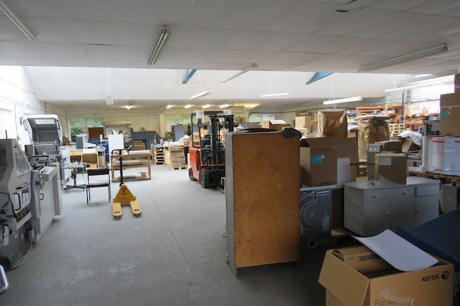Units 1 & 2 Paragon Court, Aldershot, Warehouse & Industrial For Sale - IMG_0921.JPG