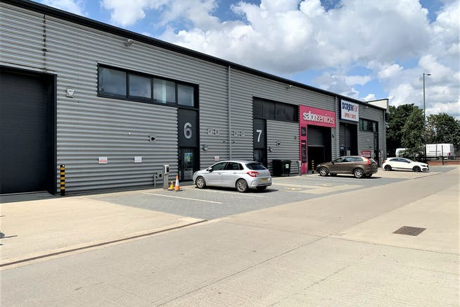 Unit 7 Wembley Trade Park, Wembley, Industrial / Retail To Let - IMG_6769.JPEG