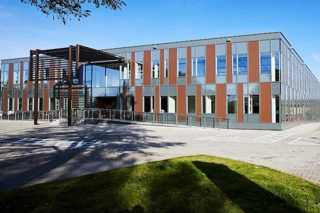 4 The Sector, Newbury Business Park, Newbury, Offices To Let - Exterior.jpg