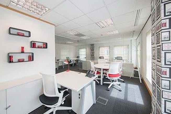 Gainsborough, 59-60 Thames Street, Windsor, Serviced Office To Let - 684_4.jpg