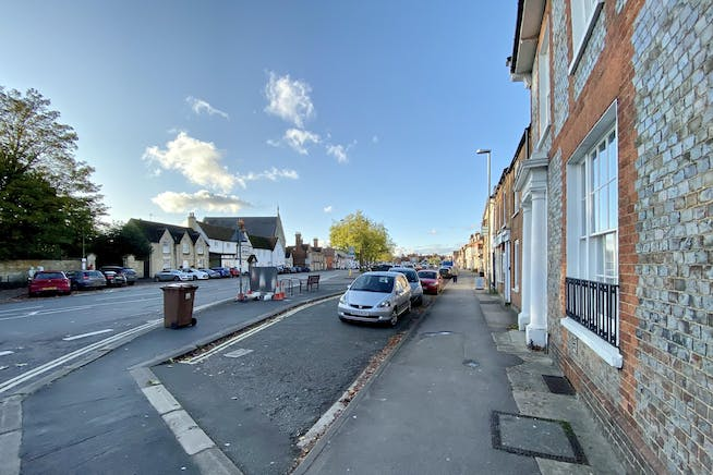 3 St. Andrews Court, Thame, Office To Let - HIGH STREET NORTH.jpg